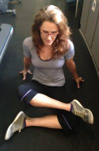 loosen tight hips with fire log stretch to counter sitting